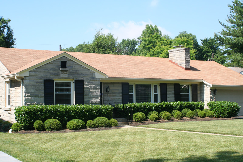 Clean Roof & Lexington KY Pressure Washing and Roof Cleaning Company Service ... memphite.com